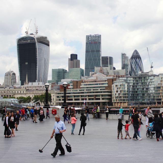 London 16