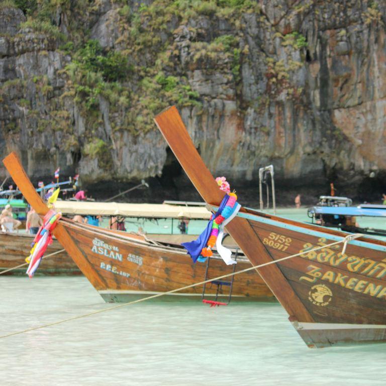 Koh Phi Phi, Thailand 8
