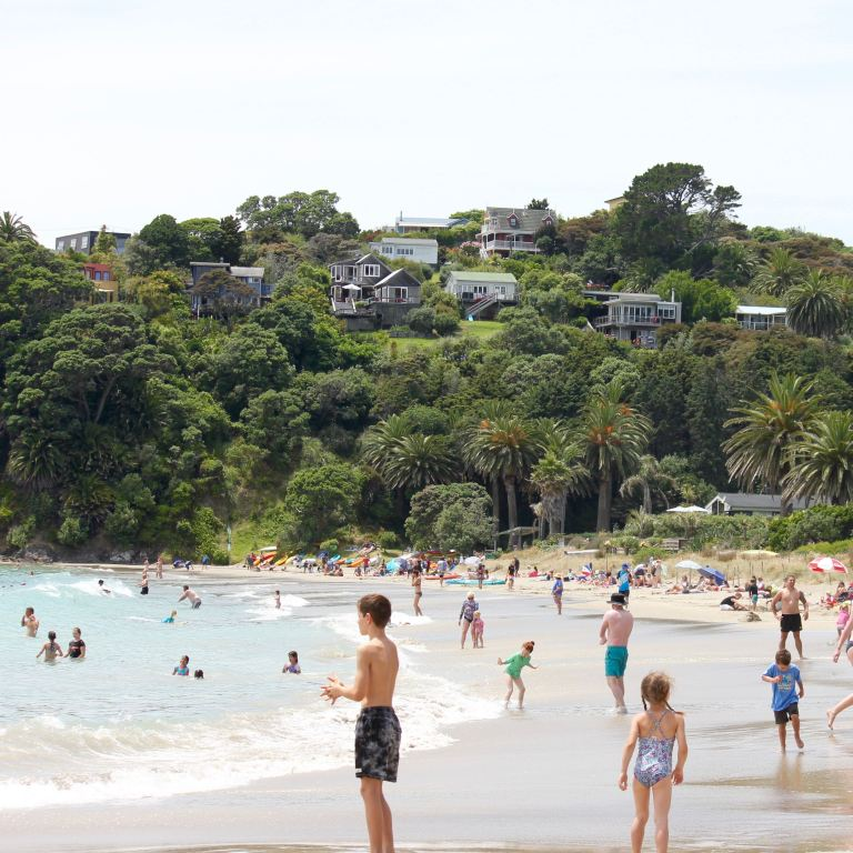 Waiheke, New Zealand 6